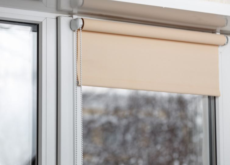 Reasons you should invest in the day and night roller blinds