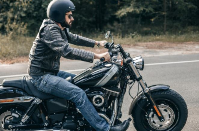 This Is How to Stay Safe When Riding a Motorcycle